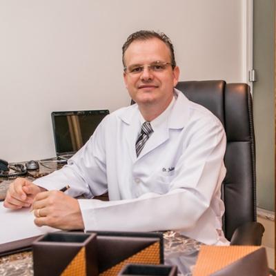 Dr. Juliano Berticelli